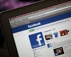 How Small Businesses Can Use Facebook For Marketing
