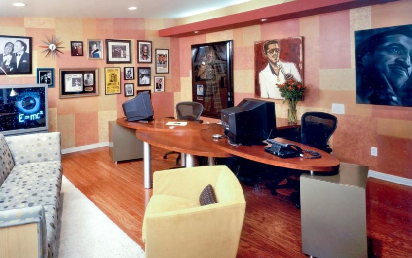 Three Things To Do Convert Your Garage Into An Office
