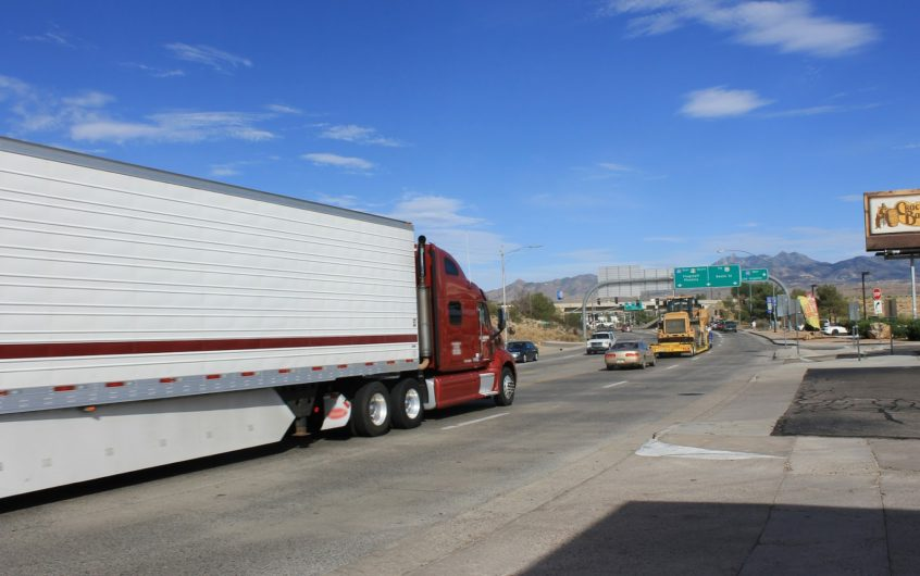 Road Freight Companies For Easy Transportation Facility