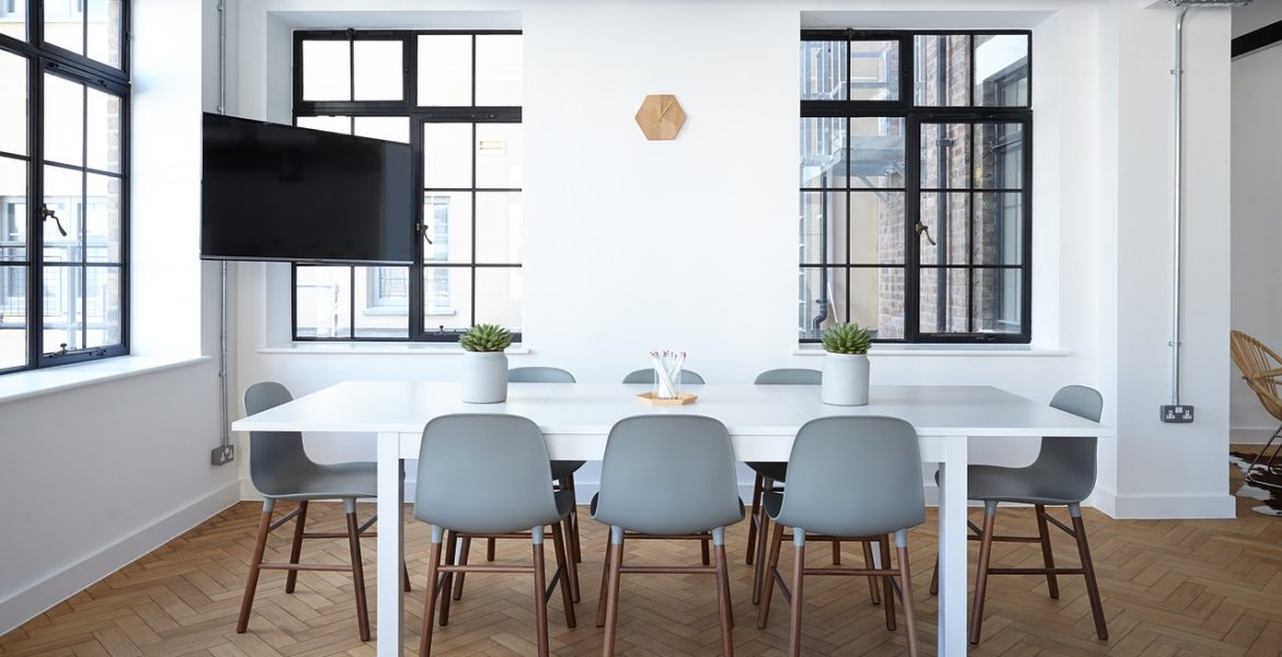 Buy The Right Furniture For Your Stylish Office
