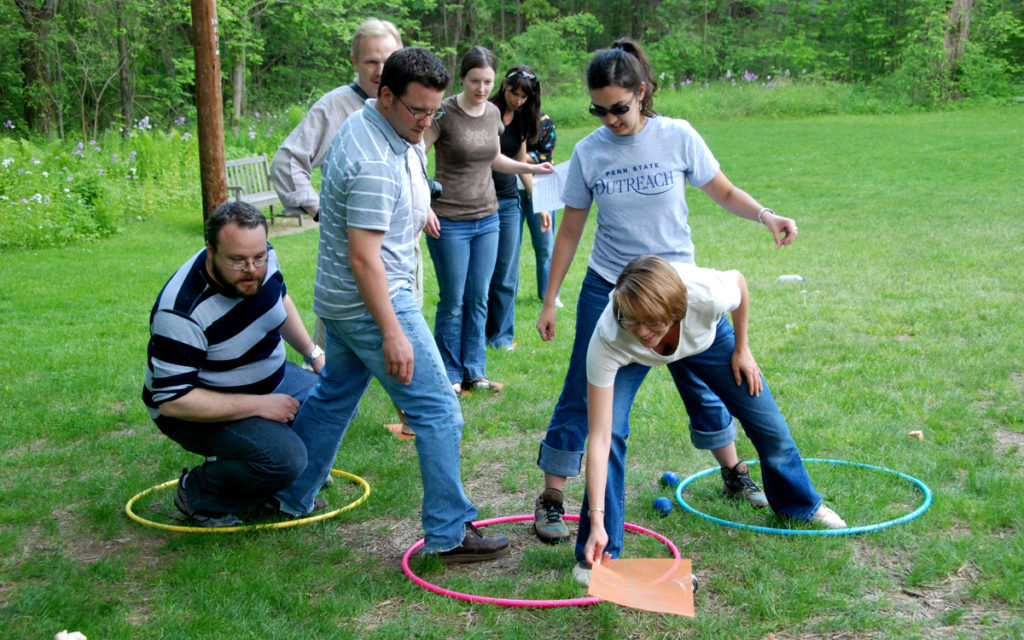 Team Building Activities – Build Up Your Team Morale